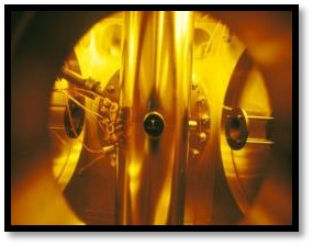 Image of a gold plate