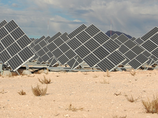 Image of photolvoltaics in the desert