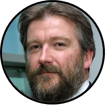 Portrait de Dr Trevor Hall